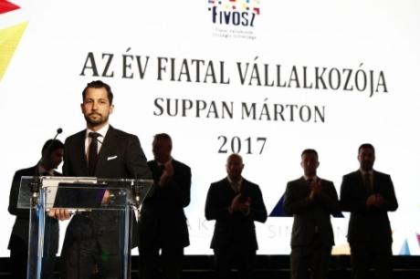 Átadtuk a 2017-es Országos Fiatal Vállalkozói Díjat