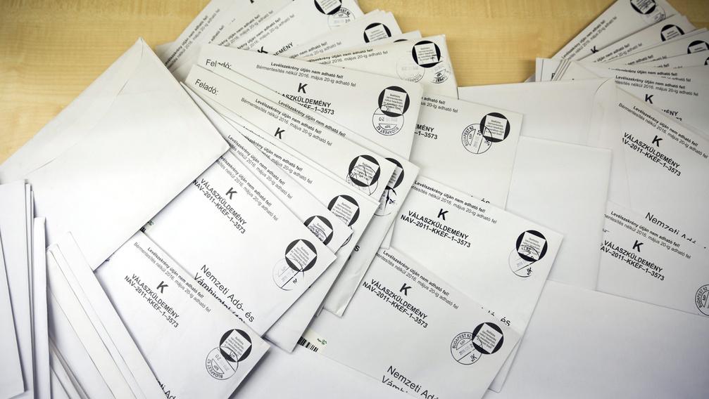 Csaknem félmillióan kapnak levelet a NAV-tól